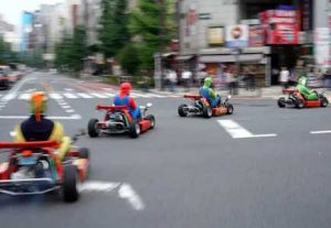 Adventure i Japan - HÖJSKOLENDK, Højskole i Udlandet - Mario kart i Tokyo2