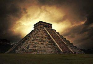 Mayapyramiderne - HÖJSKOLENDK, Højskole i Udlandet