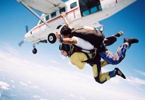 Skydiving - HÖJSKOLENDK, Højskole i Udlandet